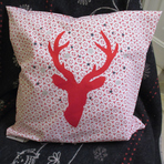 JTCO03 - Coussin cerf rouge